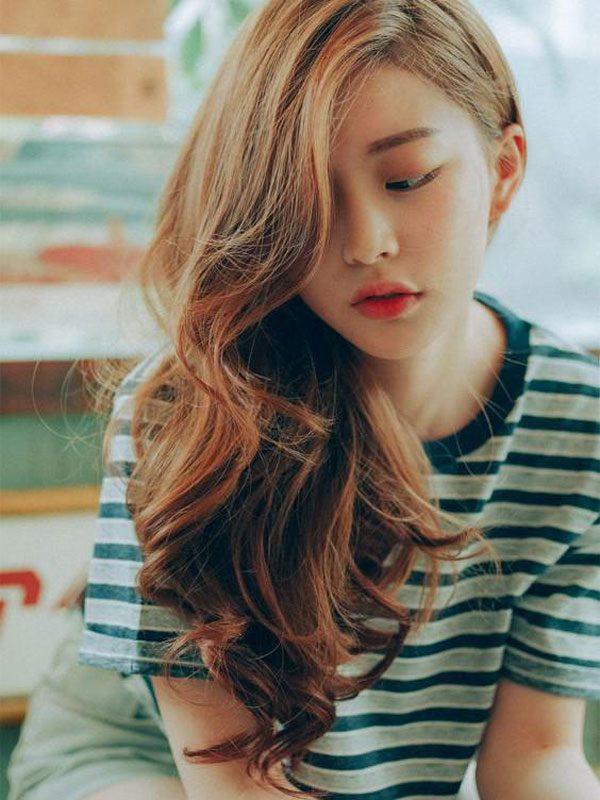 9 kiểu tóc xoăn dài 2019 đẹp nhất cho các nàng lựa chọn