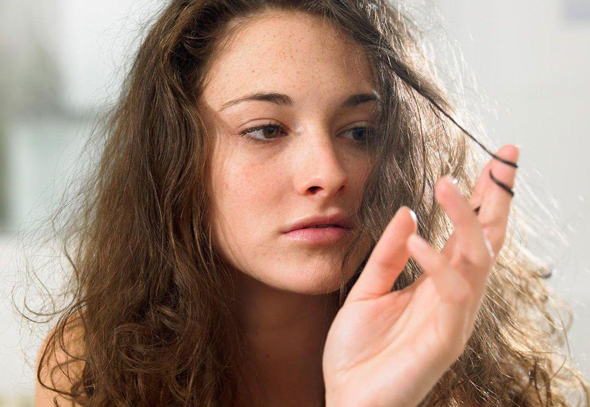 Bật mí 7 cách làm tóc mái nhanh dài, trả lại sự tự tin