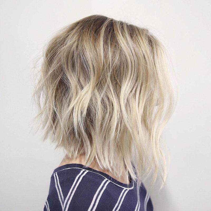 tóc xoăn nhẹ