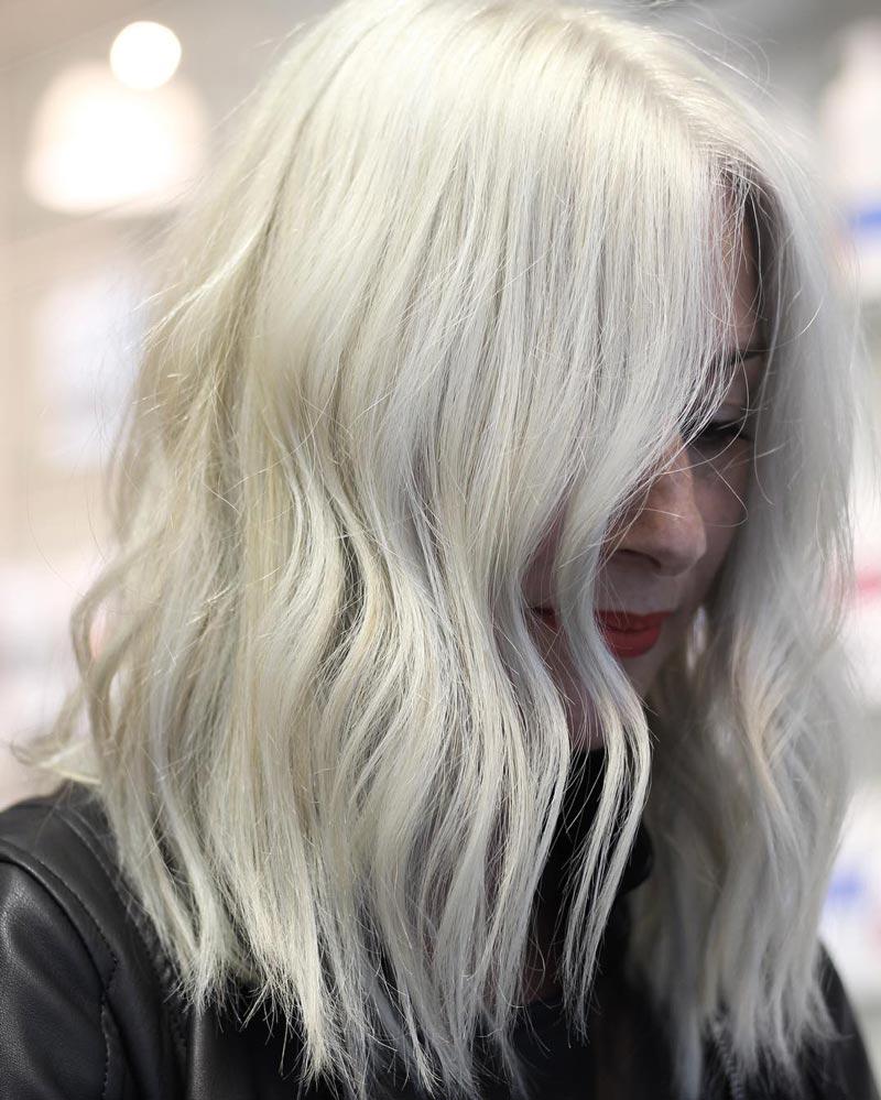 màu tóc nhuộm sáng da