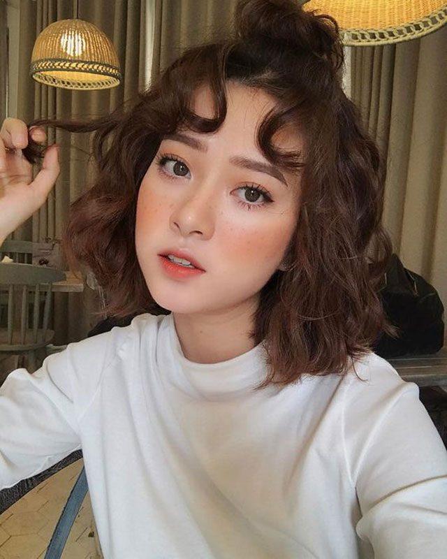 Khám phá 11 kiểu tóc xoăn ngang vai HOT nhất 2019