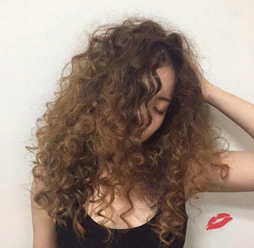 """Top 7 kiểu tóc mái dài bạn sẽ muốn """"diện"""" trong năm nay"""