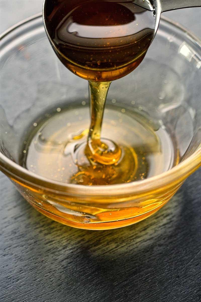 chăm sóc tóc khô xơ bằng mật ong