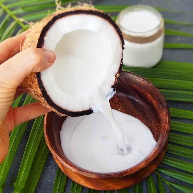 chăm sóc tóc bằng dầu dừa