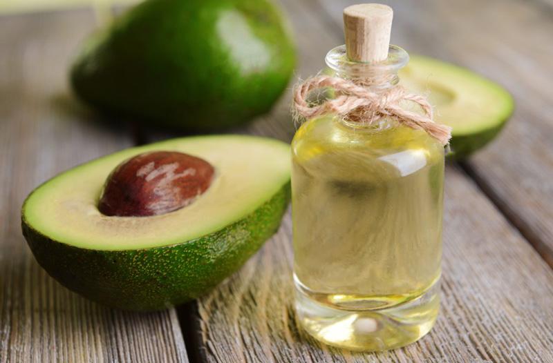cách ủ tóc tại nhà bằng dầu dừa